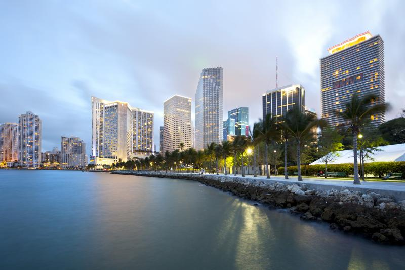 usa-florida-miami-skyline-and-bayfront-park-gettyimages-154337159