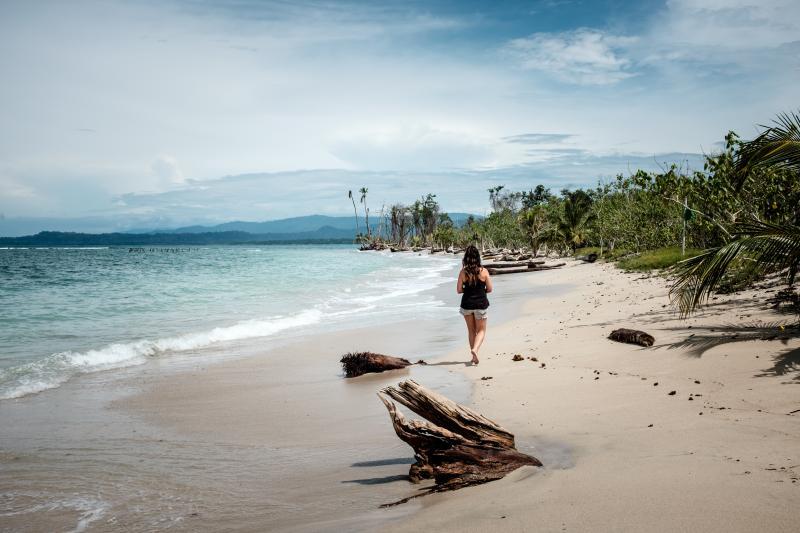 costa-rica-beach-cahuita-national-park-woman-eyeem-24740707-93780364