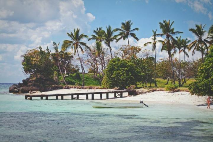 dominican-republic-cayo-levantado-beach-in-samana-eyeem-24740707-83487236.jpg